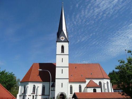 Pfarrkirche Reischach