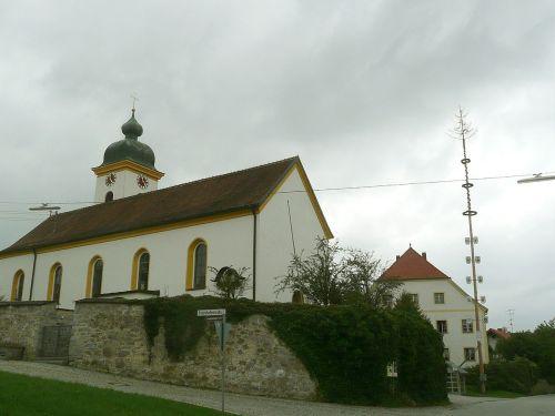Pfarrkirche Neßlbach