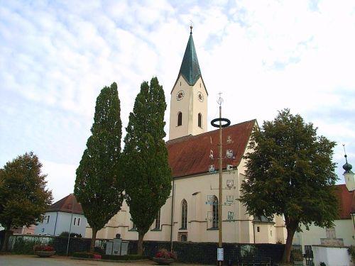 Pfarrkirche Karpfham