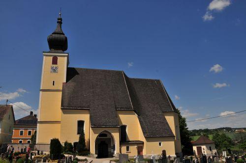 Pfarrkirche Neukirchen bei Lambach
