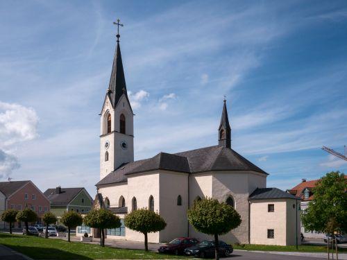 Pfarrkirche Riedau