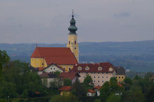 Pfarrkirche Ostermiething