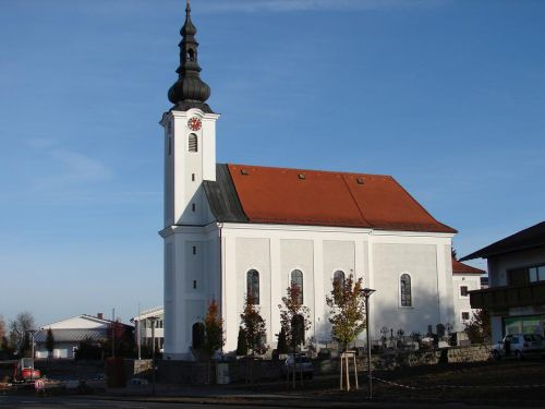 Pfarrkirche Neuhofen im Innkreis