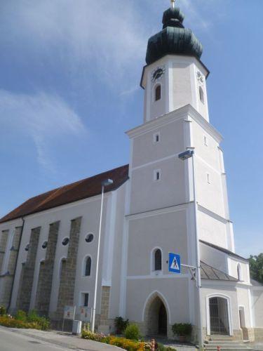Pfarrkirche Utzenaich