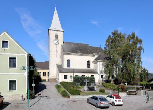 Pfarrkirche Asperhofen