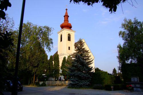 Pfarrkirche Langenlebarn