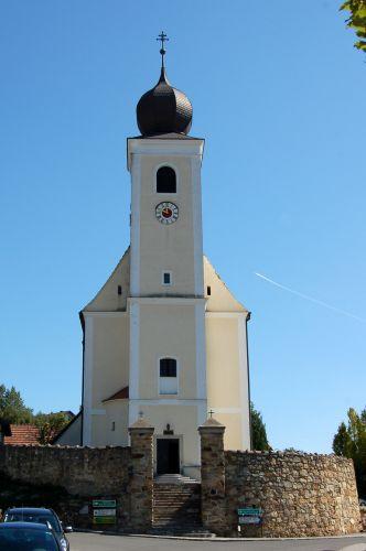 Pfarrkirche Hollenthon