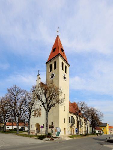 Pfarrkirche Enzersfeld im Weinviertel