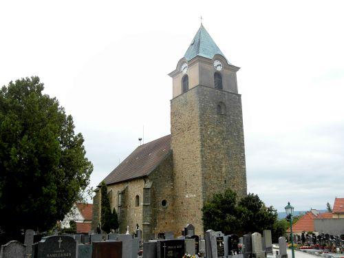 Pfarrkirche Leobendorf