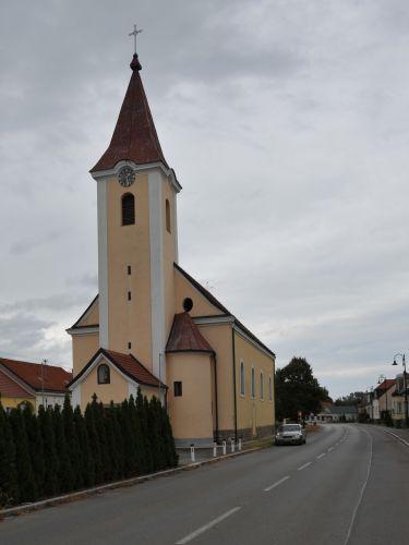 Pfarrkirche Engelhartstetten