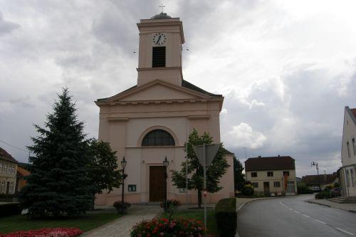 Pfarrkirche Schrattenberg