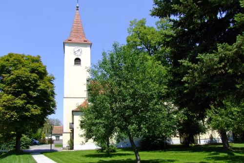 Pfarrkirche Maisbirbaum
