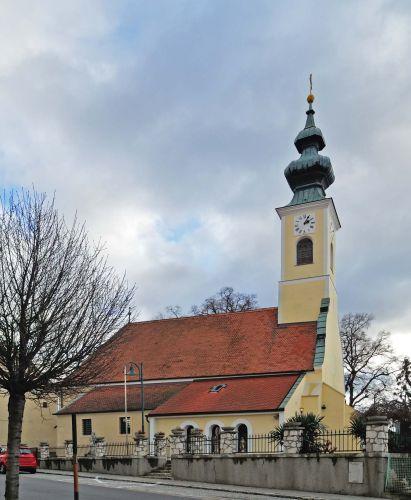 Pfarrkirche Hof am Leithaberge