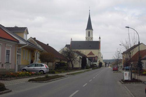 Pfarrkirche Dobermannsdorf